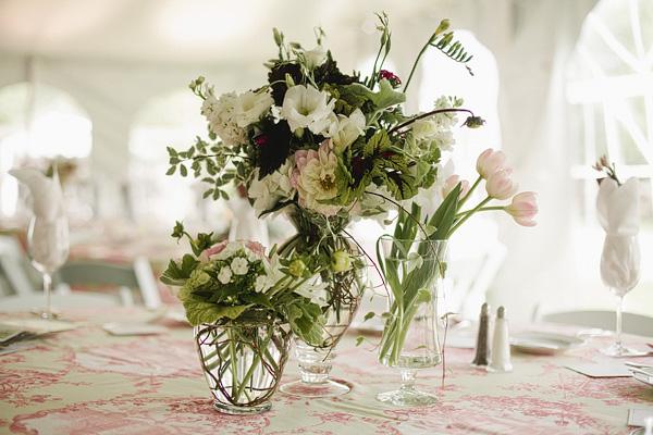 Tablescape, toile linens, Colorado Springs event florist