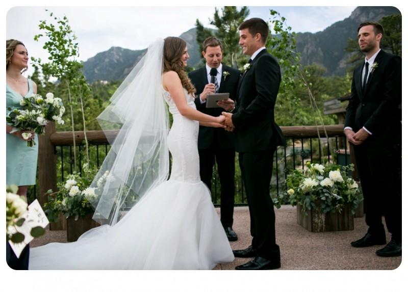 Broadmoor Wedding Cheyenne Lodge 3