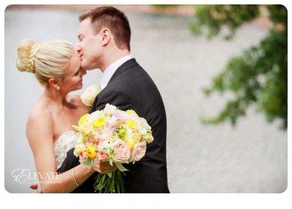 01Broadmoor Wedding
