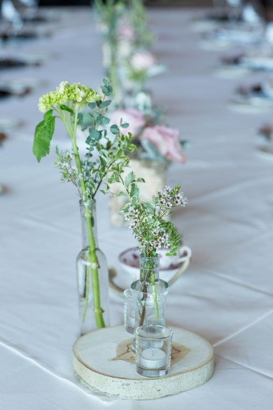 Twigs & Posies wedding flowers