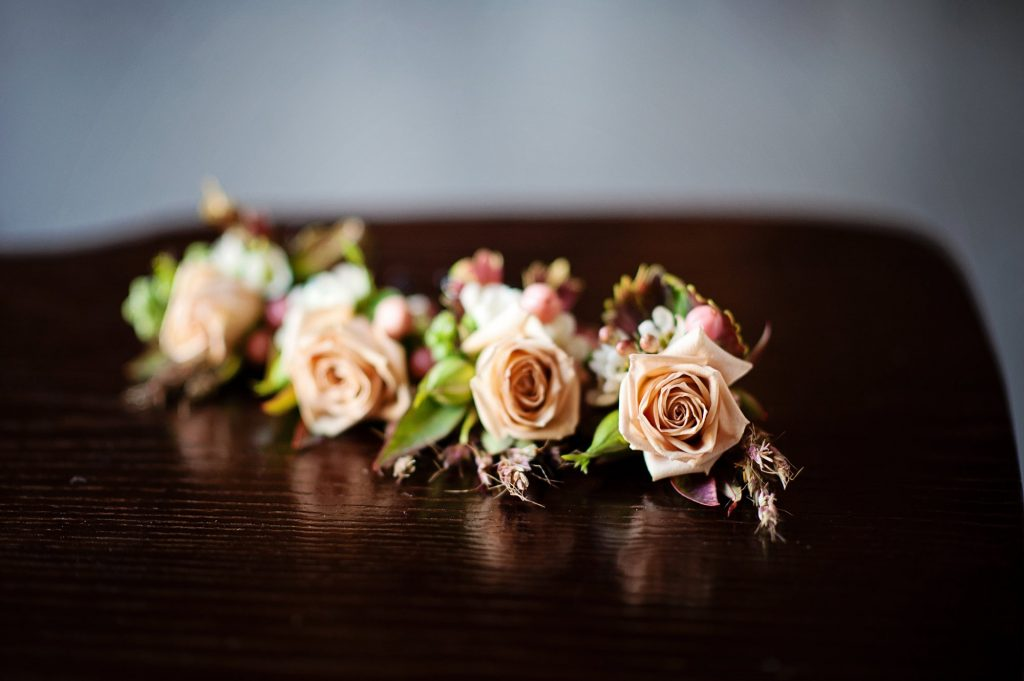 LinaSterling Raccoon Creek Wedding Twigs Posies