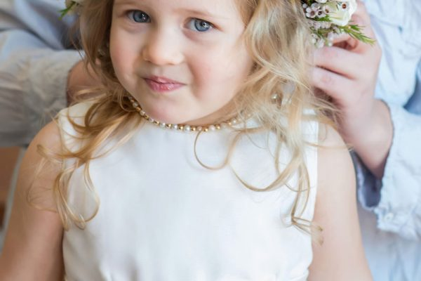 Twigs and Posies Colorado Springs wedding florist wedding flowers flower girl