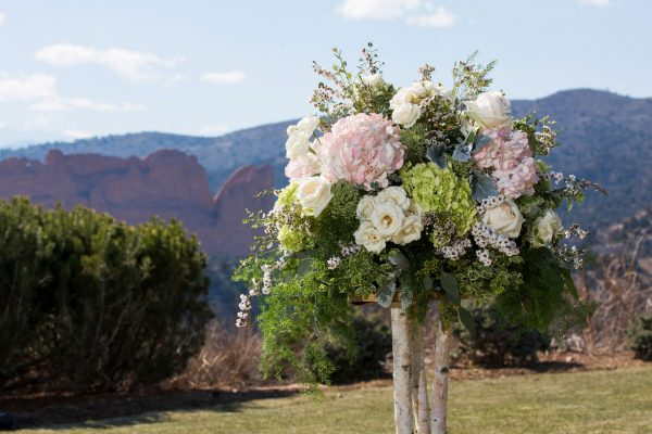 Twigs and Posies Colorado Springs wedding florist wedding flowers
