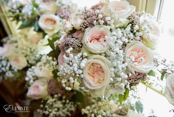 Twigs and Posies Colorado Springs wedding florist wedding flowers bouquet
