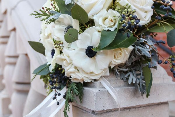 Dreamy winter wedding flowers twigs posies twigs and posies colorado springs florist wedding flowers bouquet mightylinksfo