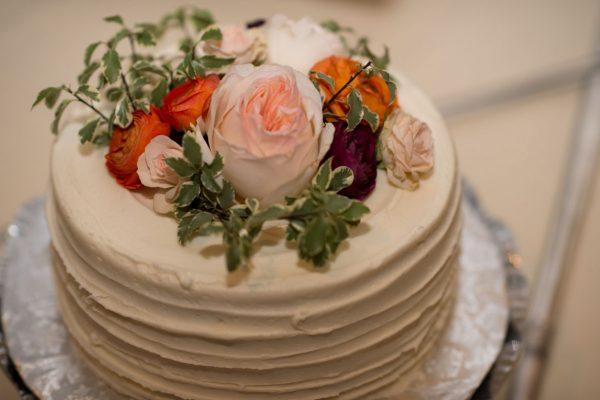 Twigs and Posies Colorado Springs florist wedding flowers cake