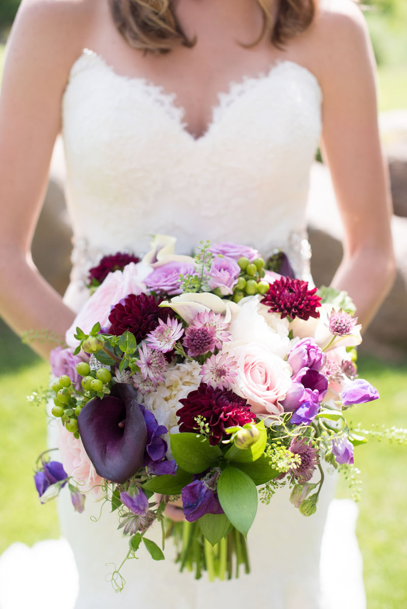Elegant Summer Wedding Flowers | Twigs & Posies