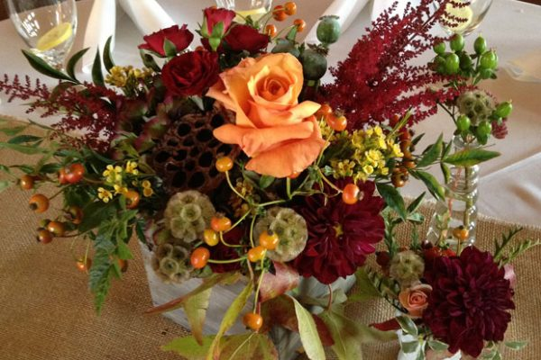 Twigs and Posies Colorado Springs wedding florist wedding centerpiece